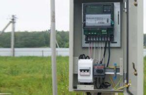 Как осуществить подключение электричества к дому?