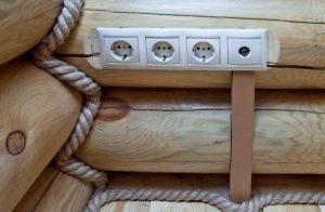 Прокладка проводки в деревянном доме вариантов
